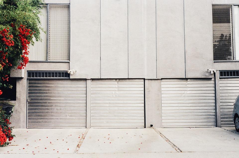 Z čeho může být vyrobena dětská garáž