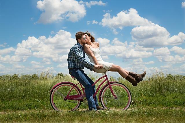 projížďka partnerů na kole